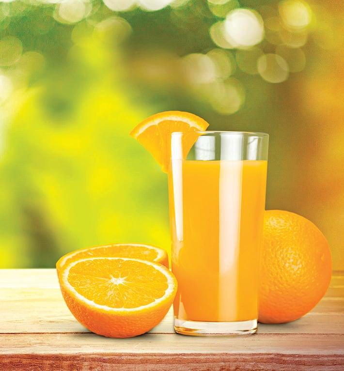 喝果汁時應保留果皮和纖維。