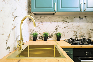 5種方法 讓散件自裝廚房光采奪目