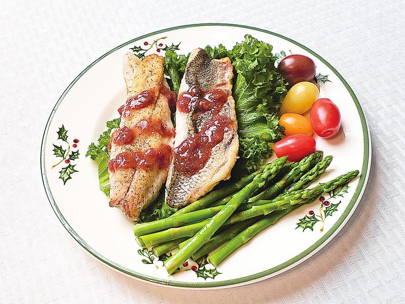【梁廚美食】煎鱸魚柳配無花果醬 Pan-fry Sea Bass w/ Fig Sauce