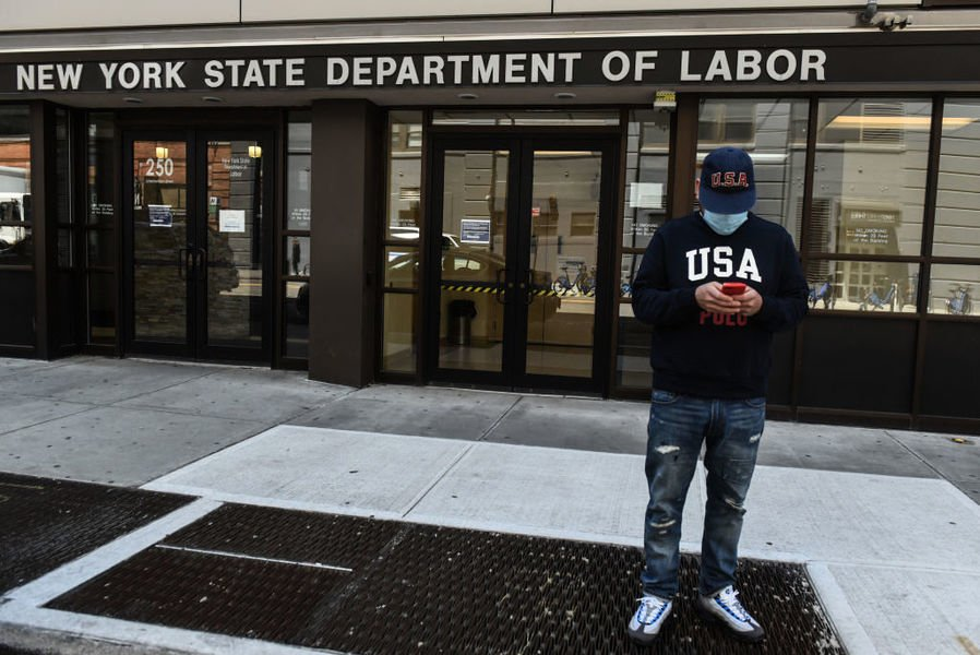 美一周首領失業救濟人數77萬 反彈至一個月新高