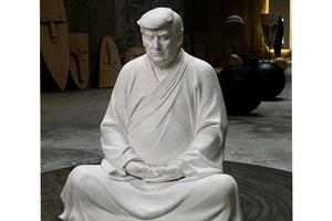 特朗普打坐雕像熱賣 資深媒體人:沒他就沒新聞