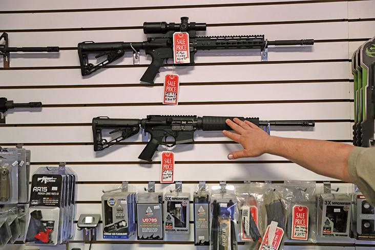 全美現購槍潮 1月份欲購者超過430萬