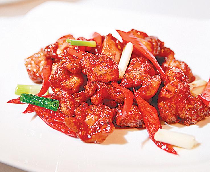 經典的中式料理「左宗棠雞」。