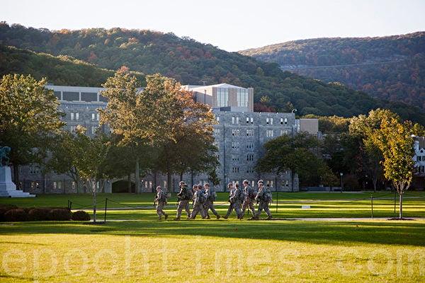 美國媒體披露,美國著名軍事學院西點軍校(United States Military Academy at West Point)可能已被中共「攻陷」。(攝影:伊蘿遜 / 大紀元)