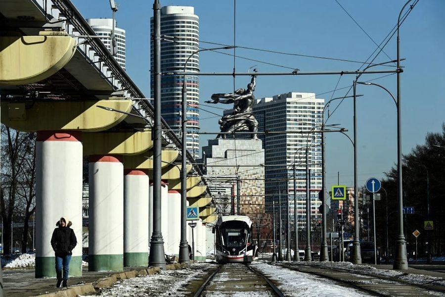 俄羅斯2月GDP年跌2.8% 央行加息抗通脹