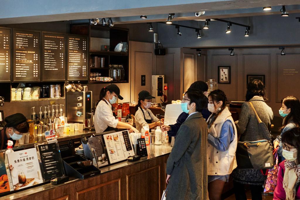 台灣今(3月22日)公佈2月份失業率為3.70%,就業人數1,151萬。(An Rong Xu/Getty Images)