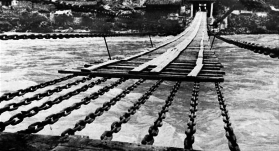 「紅軍飛奪瀘定橋」 不過是個荒唐的騙局
