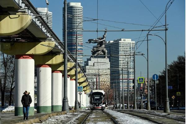俄羅斯二月GDP年跌2.8% 央行加息抗通脹