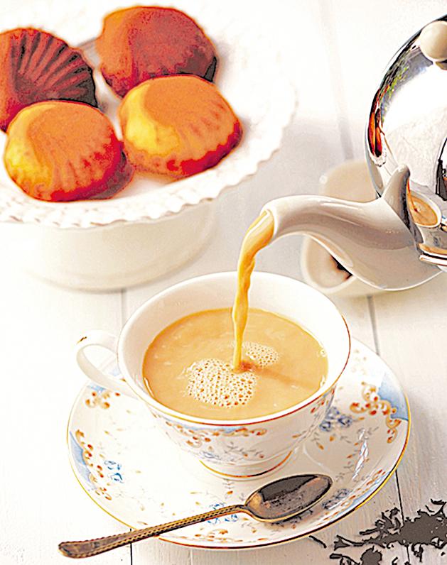 香氣奔放的法式香濃伯爵奶茶,對味檸檬滋味瑪德蓮。