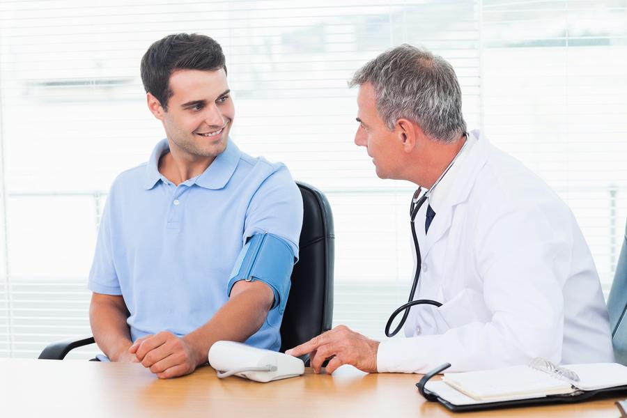 一到醫院量血壓 血壓就上升!恐是白袍高血壓症狀