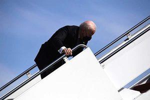 拜登身體「不對勁」 特朗普預測賀錦麗將接任總統