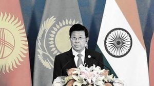 汪洋、趙克志急赴新疆 北京疑有大動作