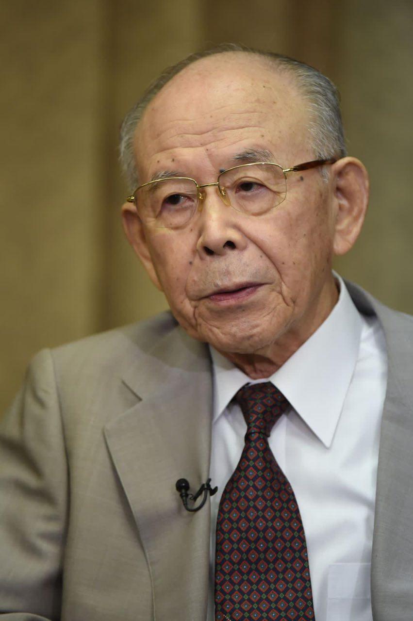 日本諾貝爾物理獎得主赤崎勇逝世 享年92歲