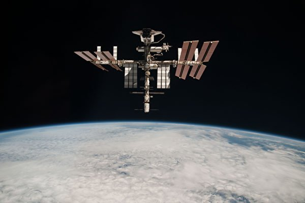 太空戰開打?美中俄衛星三周內相繼解體【影片】