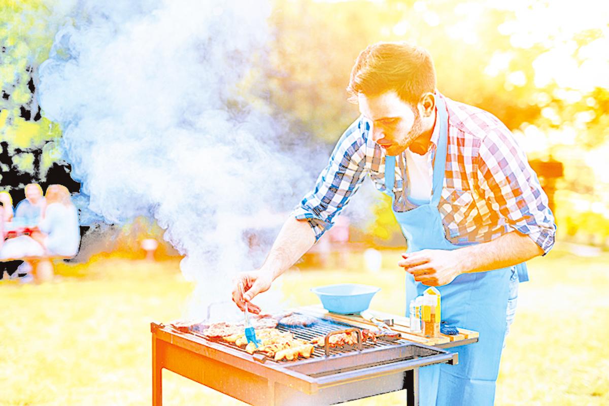 燒烤各種肉類時,也別忘了烤一些蔬果。