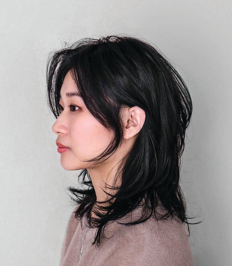赫希髮通過高層次的剪裁,讓髮尾呈現出清爽薄透感。