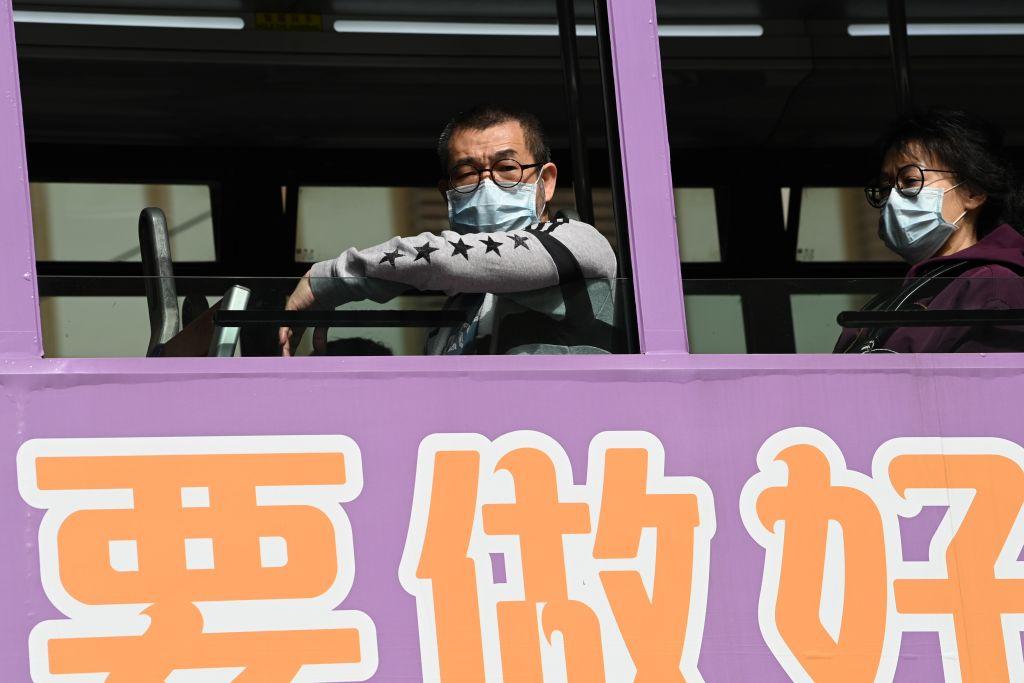 關焯照日前表示,香港政府在處理疫情的過程中,出現了很多錯誤,然後不停的補救、補救再補救,導致香港的經濟在最近2個季度出現較大的衰退。(PETER PARKS/AFP via Getty Images)