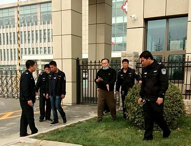 王立華被警察跟蹤騷擾。 ( 受訪者提供 )