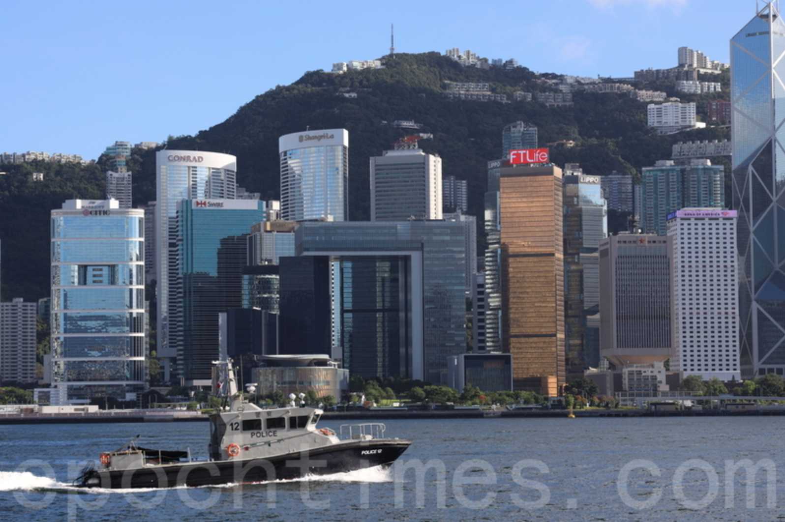 港府上月底計劃收緊公司查冊措施,引起工、商、傳媒等業界憂慮,除增大工作難度外,更造成重大監察漏洞,恐令投資者及貿易伙伴對本港營商的信心下降。圖為香港維多利亞港。(陳仲明/大紀元)
