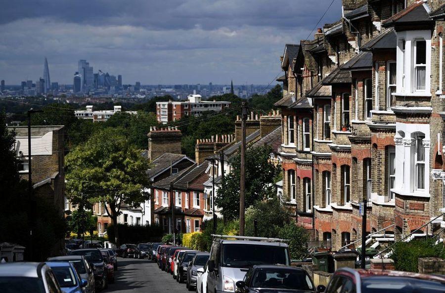【英國樓市】倫敦樓價平均48.3萬英鎊 按年增長4.8%