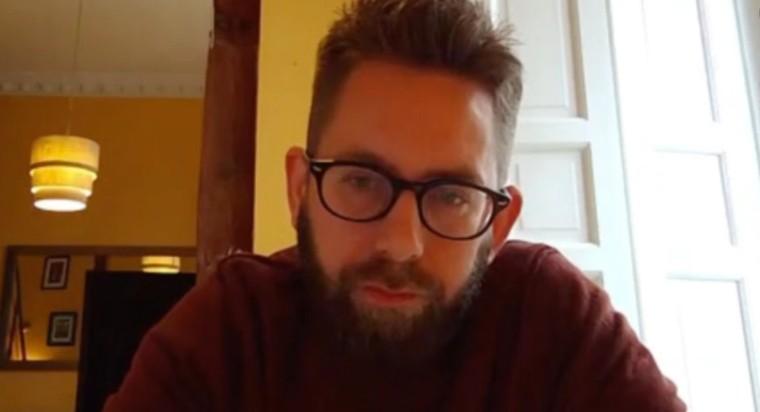 瑞典人權活動家彼得達林(Peter Dahlin)。(美國之音影片截圖)