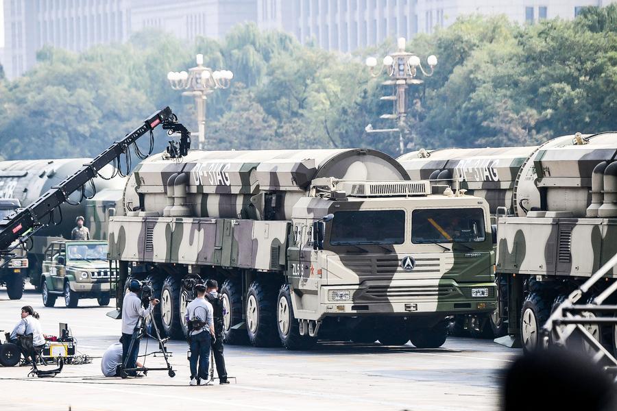 中共軍隊捧習喊備戰 訓練卻出糗(上)