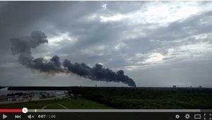 載Facebook衛星火箭美國試射爆炸 濃煙沖天