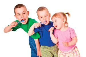 孩童口腔保健掌握 二要二不原則 不再害怕蛀牙來敲門