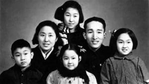 毛澤東接見紅衛兵 掀暴力狂潮