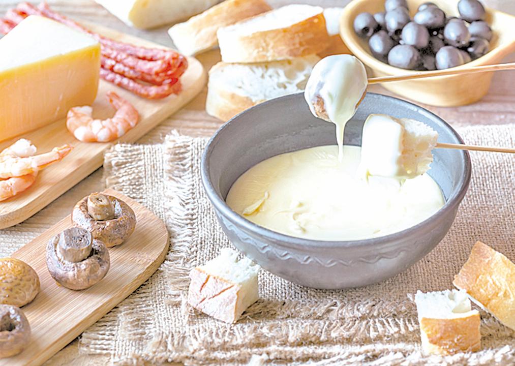 這一款充滿法式風情的蘑菇鍋開胃菜,適合素食者。