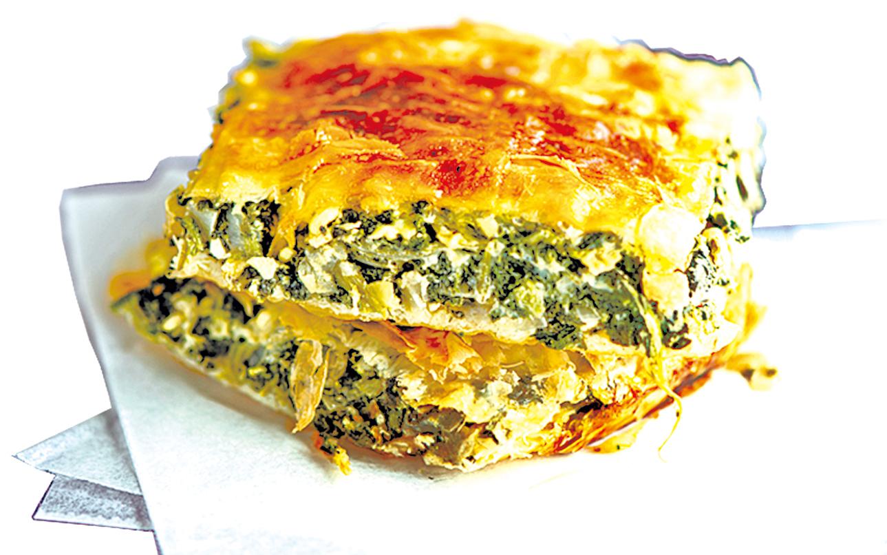 希臘傳統美食菠菜派,口感豐富又好吃。