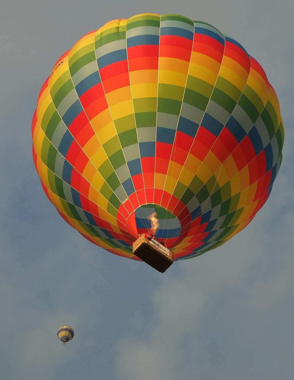 圖為觀光熱氣球。(pixabay)