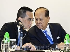 風水師一句話 李嘉誠聽後立馬給200萬港幣