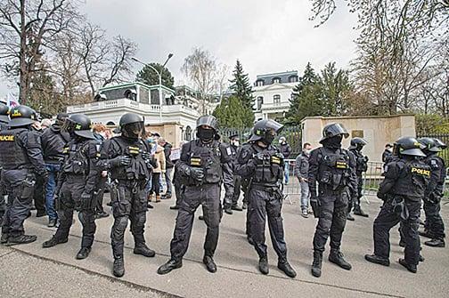 俄羅斯報復捷克 宣佈驅逐二十名外交官