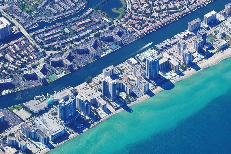 圖為邁阿密的 海 岸 線。(ShutterStock)
