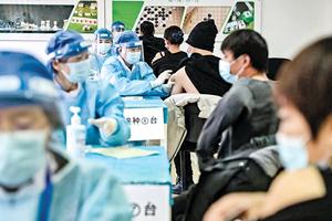 大陸一線人員被強制打國產疫苗