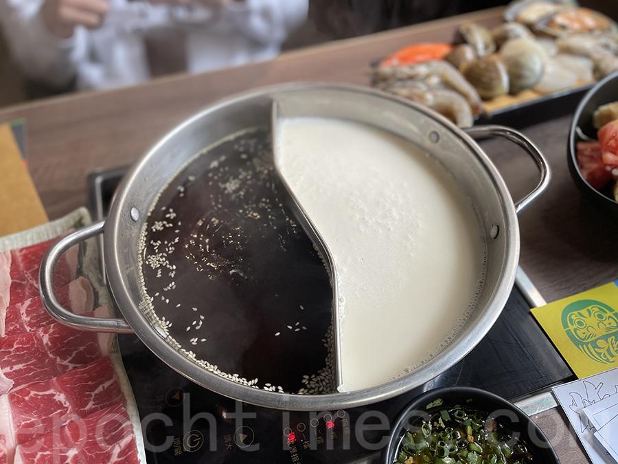 甜豉油及豆乳湯鴛鴦湯底。(Siu Shan提供)