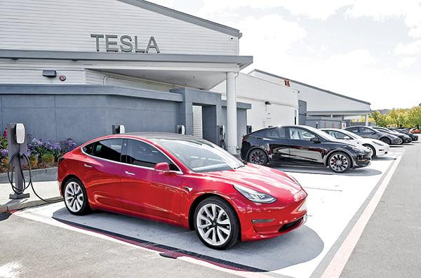 美國加利福尼亞州的一個Tesla(特斯拉) 充電站。(Getty Images)