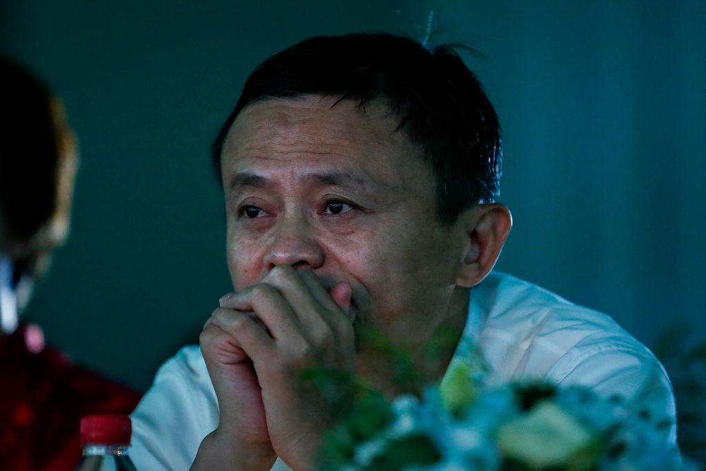 中國首富、大陸電商巨頭馬雲去年在上海金融峰會上與習近平唱反調,之後受到一連串整肅,引發國際社會廣泛關注。(Wang He/Getty Images)