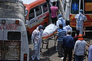 六級地震加上疫情爆發 印度難上加難