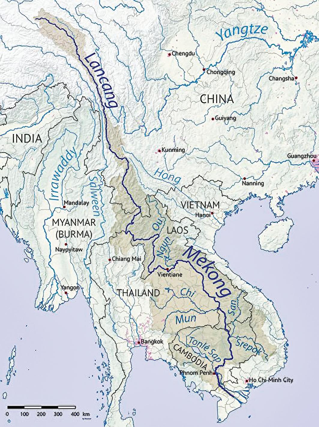 瀾滄江的下游、流出中國國界後是湄公河,流經老撾、緬甸、泰國、柬埔寨和越南。中共在湄公河流域投資建設眾多大型基建項目,對湄公河流域百姓的生計卻造成直接威脅。(wikipedia)