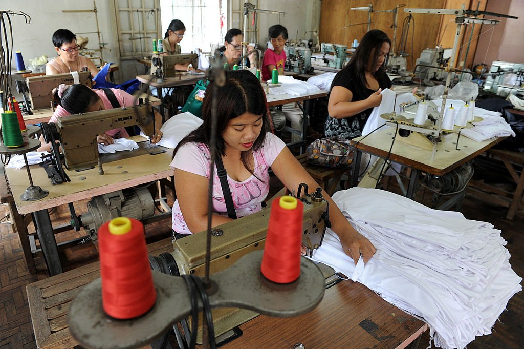 IHS Markit今(5月3日)公佈4月份菲律賓PMI數值為49.0,反映製造業商業活動正在收縮。(JAY DIRECTO/AFP via Getty Images)