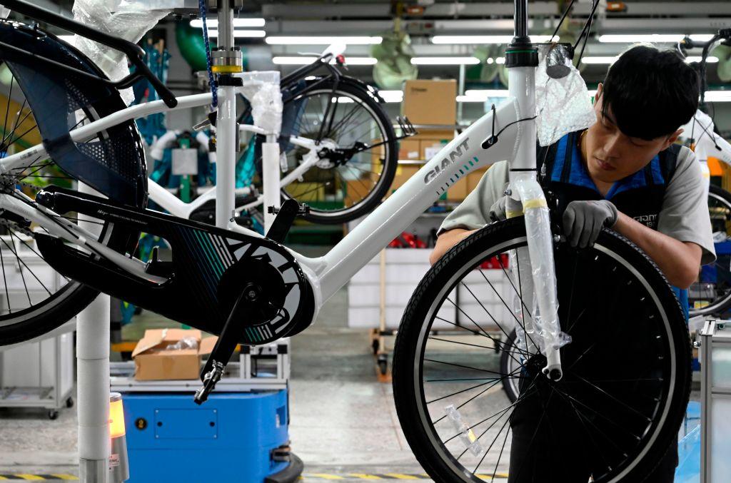 IHS Markit今(5月3日)公佈4月份台灣製造業PMI數值為62.4,反映商業活動正在擴張。(SAM YEH/AFP via Getty Images)