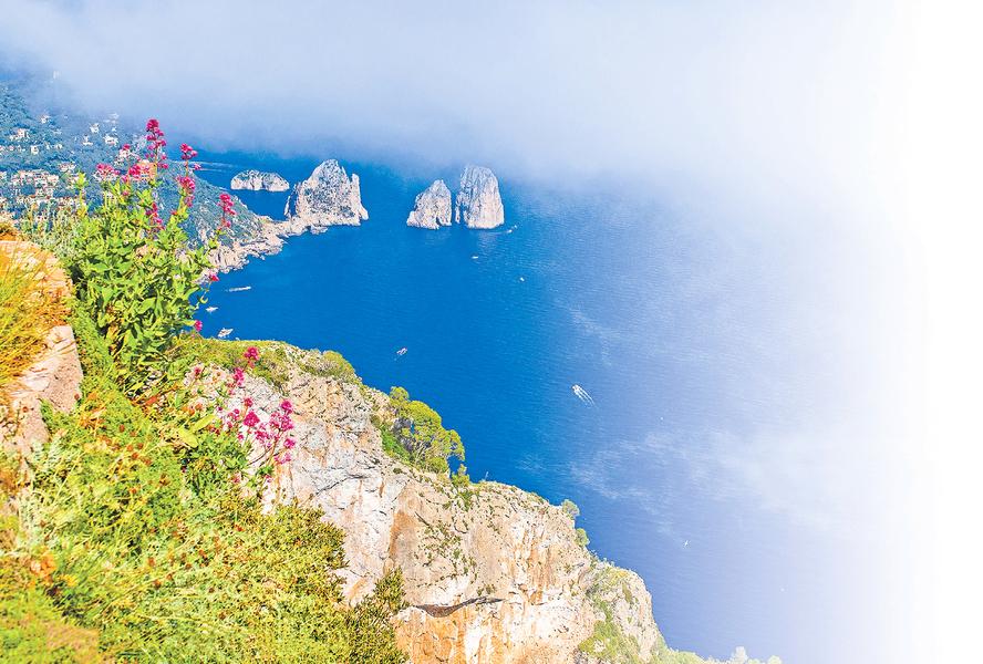 阿馬爾菲海線的美景美食 (7) 美麗的卡普里島