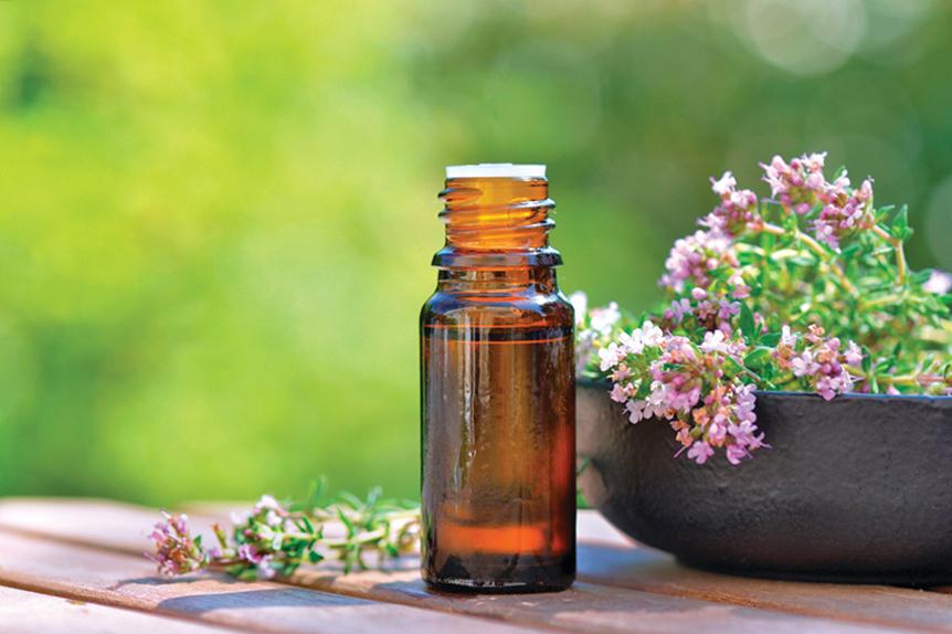 精油可以提神、助眠和改善情緒。