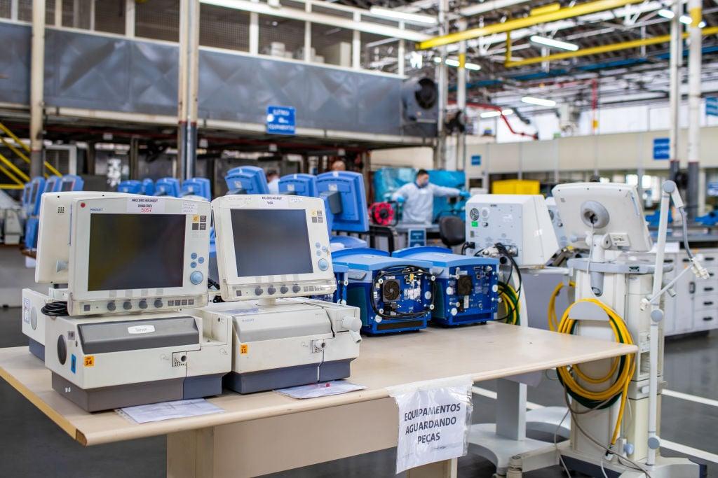 IHS Markit昨(5月3日)公佈4月份巴西製造業PMI數值為52.3,反映商業活動正在擴張。圖為General Motor於巴西生產的氧氣機。(Buda Mendes/Getty Images)