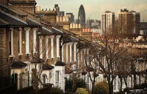 倫敦地產代理UK Holmes:助BNO簽證移民減免風險