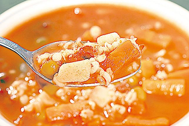 營養美味的薏仁牛肉湯。