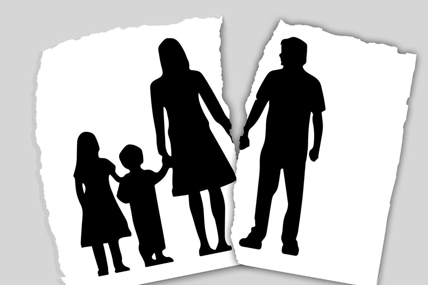 在單親家庭中成長的負面結果,無論是社會還是兒童,往往被媒體忽視。(Pixabay)
