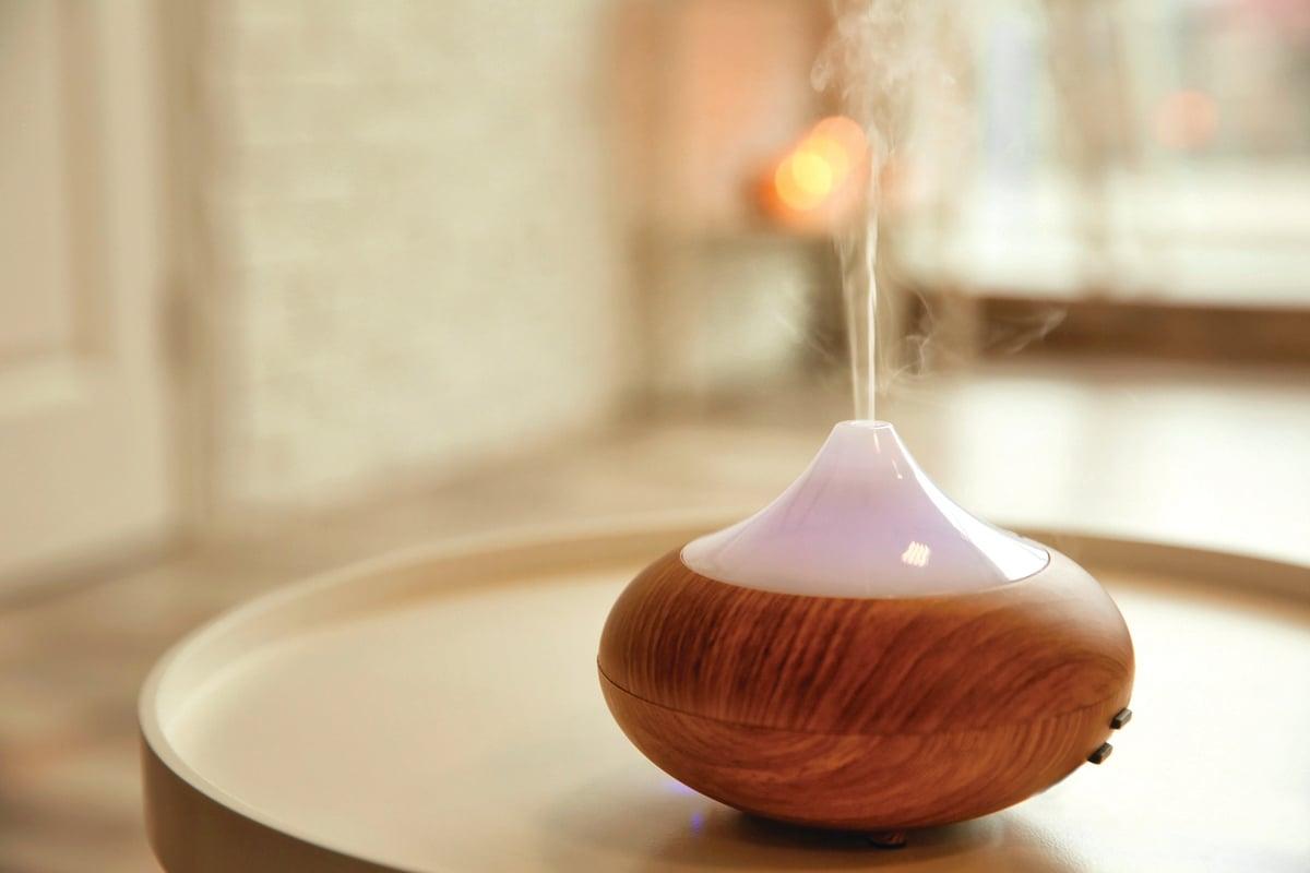水氧機也能當作加濕器,能讓精油分子保持在空氣中數小時。